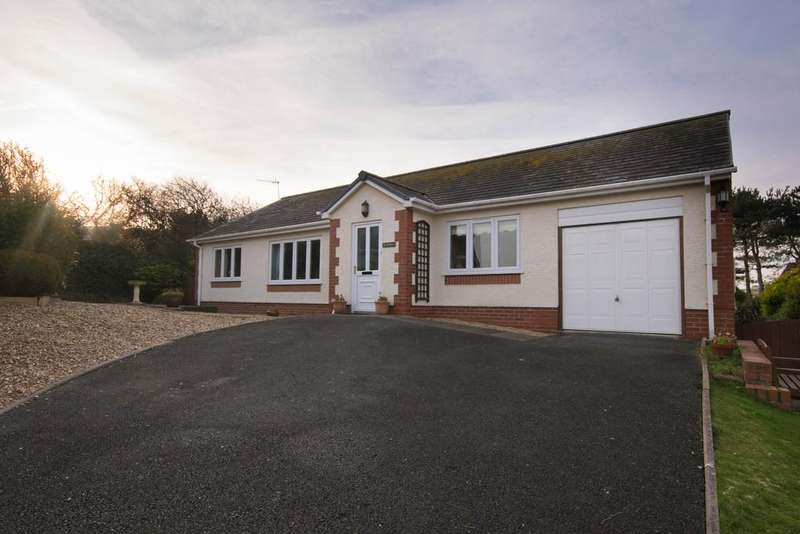 3 Bedrooms Detached Bungalow for sale in Upper Borth, Aberystwyth