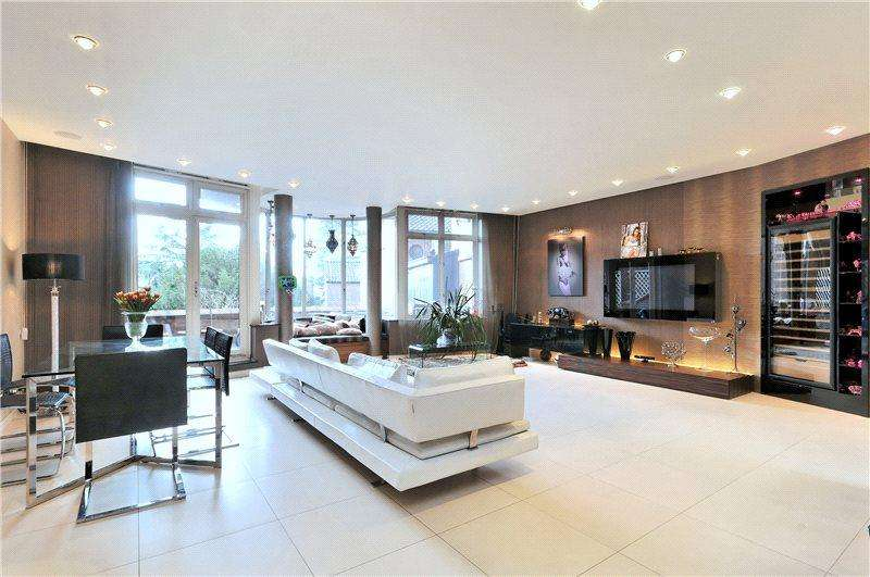 3 Bedrooms Flat for sale in St Regis Heights, Firecrest Drive, Hampstead, London, NW3