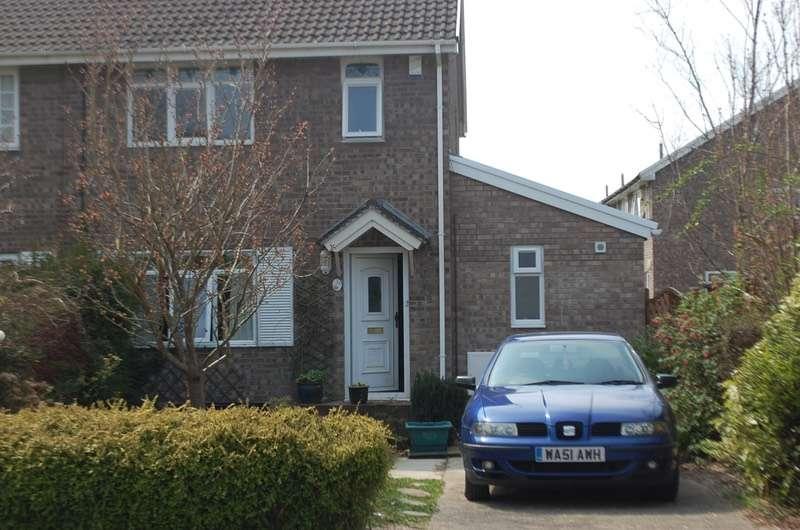 3 Bedrooms Semi Detached House for sale in Millfield Drive, Cowbridge, Glamorgan, CF71