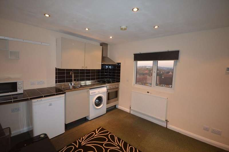 1 Bedroom Flat for sale in Catford Hill Catford SE6
