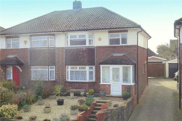 4 Bedrooms Semi Detached House for sale in East Street, Littlehampton, BN17