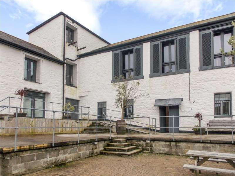1 Bedroom Flat for sale in Brewery Court, Hayle