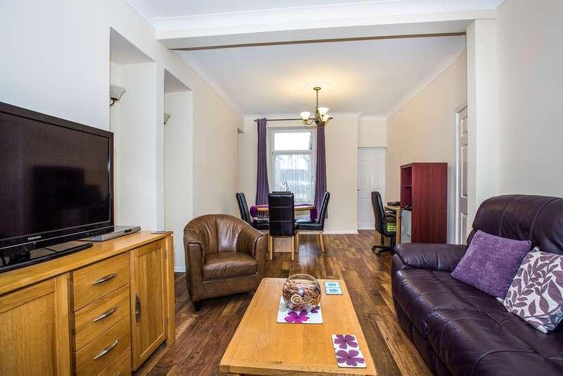 2 Bedrooms Terraced House for sale in Phillip Street, Manselton, Swansea
