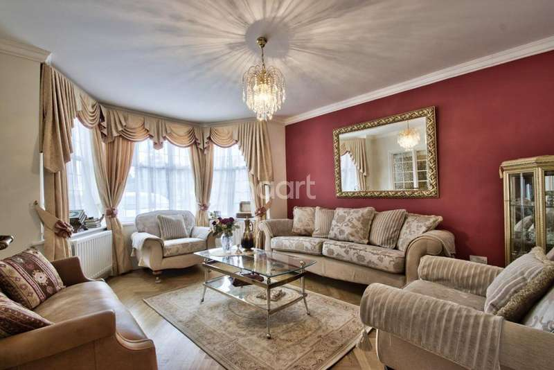 5 Bedrooms Detached House for sale in Salmon Street, London