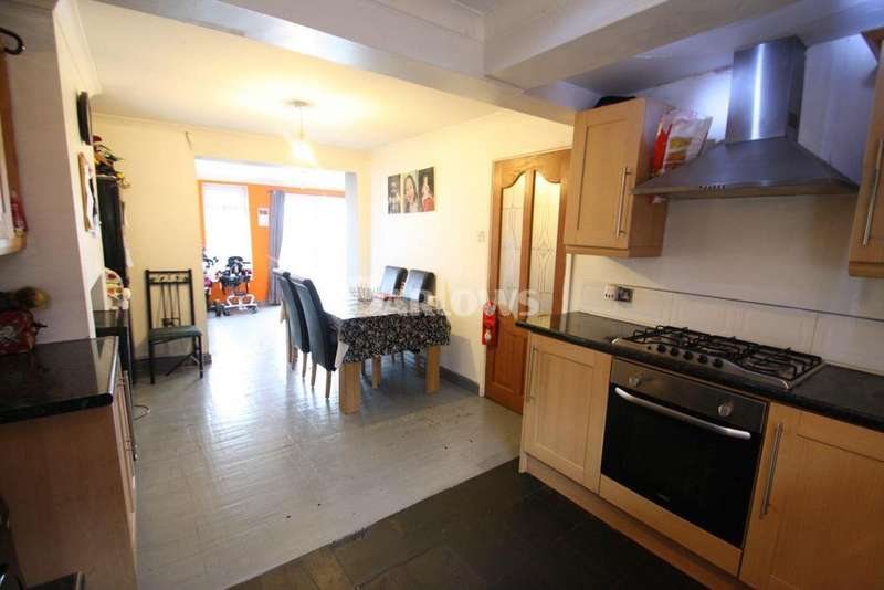 3 Bedrooms Semi Detached House for sale in Danycoed, Ystrad