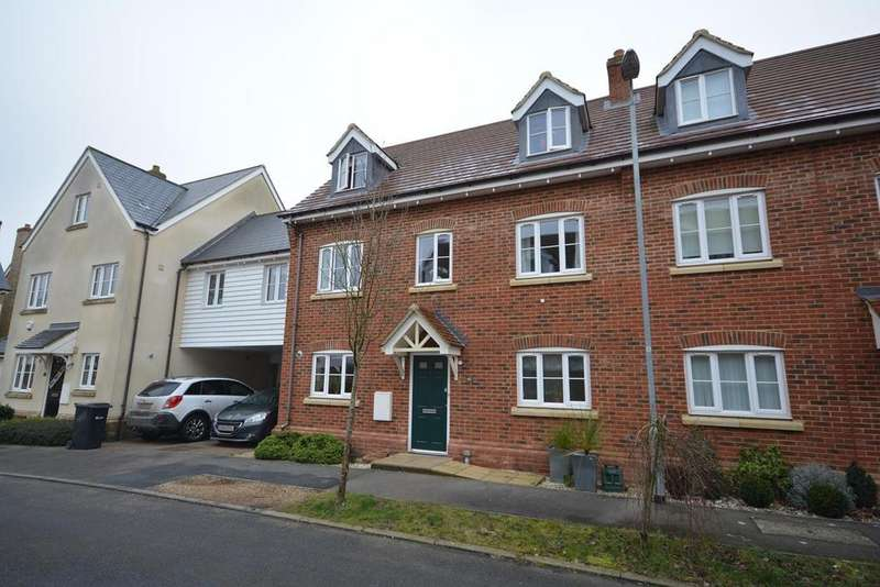 5 Bedrooms Detached House for sale in Leywood Close, Braintree, Essex, CM7