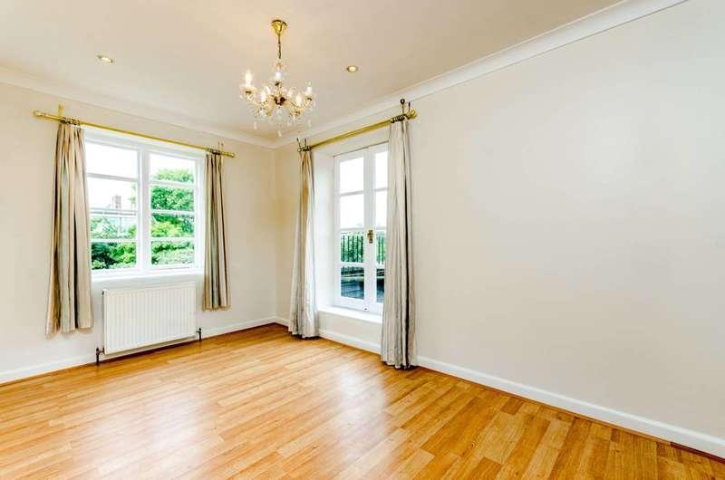 3 Bedrooms Flat for sale in Putney Heath, Putney Heath, SW15