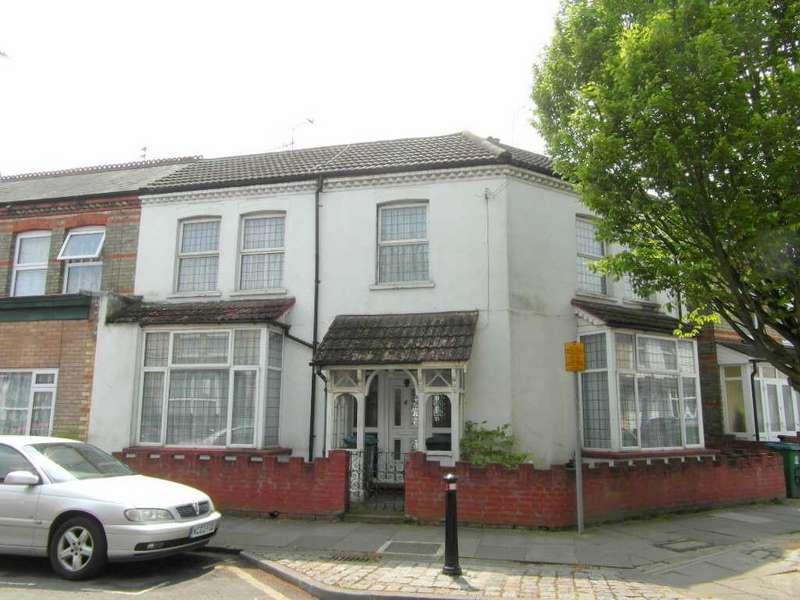 5 Bedrooms Semi Detached House for sale in Oxford Street, West Watford, Watford, Hertfordshire