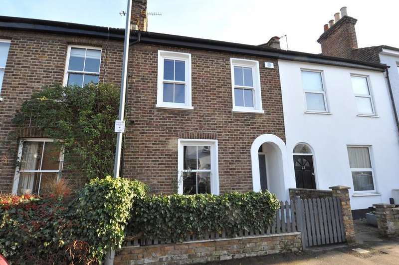 3 Bedrooms Terraced House for sale in Cowley Road, Wanstead
