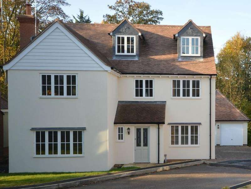 5 Bedrooms Detached House for sale in Sible Hedingham, Essex