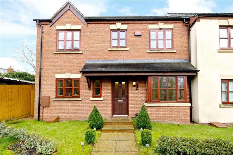 3 Bedrooms Semi Detached House for sale in Oxenhope Way, Broughton Village, Milton Keynes, Buckinghamshire