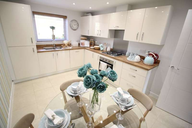 4 Bedrooms Semi Detached House for sale in Bucknall Grange Eaves Lane, Bucknall, Stoke-On-Trent, ST2
