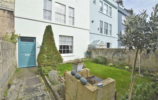 1 Bedroom Flat for sale in The Ground Floor Apartment, 6 Lambridge Place, Bath