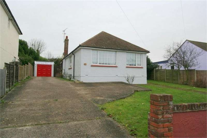 2 Bedrooms Detached Bungalow for sale in Walton Road, WALTON-ON-THE-NAZE, Essex