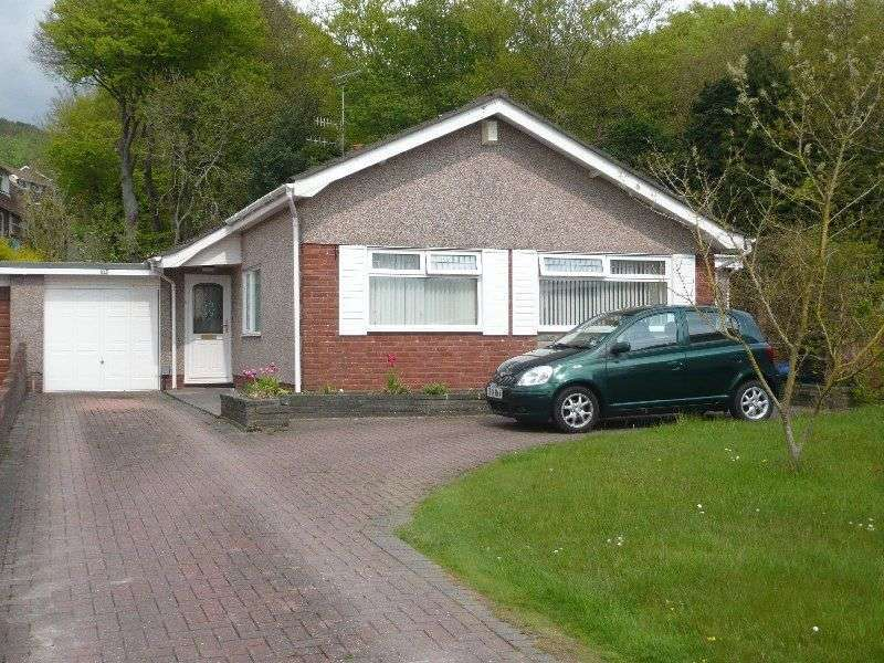 3 Bedrooms Detached Bungalow for sale in Tyn Y Twr, Baglan, Port Talbot, Neath Port Talbot. SA12 8YD