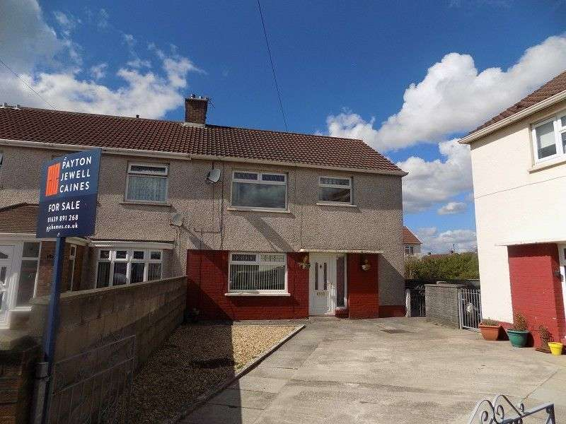 3 Bedrooms End Of Terrace House for sale in Dahlia Close, Sandfields Estate, Port Talbot, Neath Port Talbot. SA12 7EP