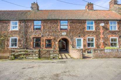 3 Bedrooms Terraced House for sale in Docking, King's Lynn, Norfolk