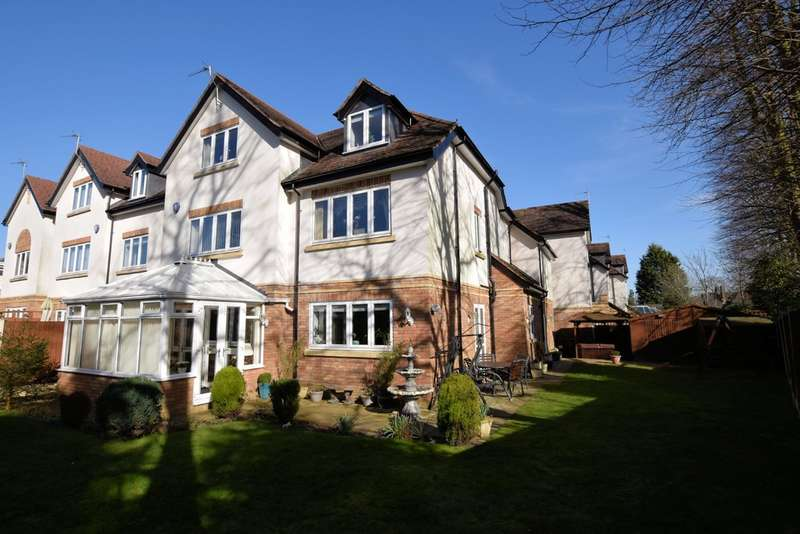 6 Bedrooms Detached House for sale in Oakland Close, Solihull