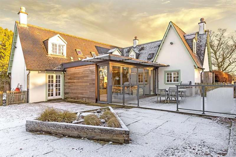 6 Bedrooms Detached House for sale in Bennathie Cottage, Blairgowrie, Perthshire, PH13