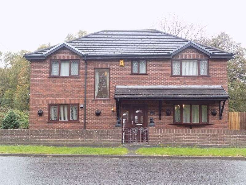 4 Bedrooms Detached House for sale in St James House, Pyle Road, Pyle, Bridgend. CF33 6HR