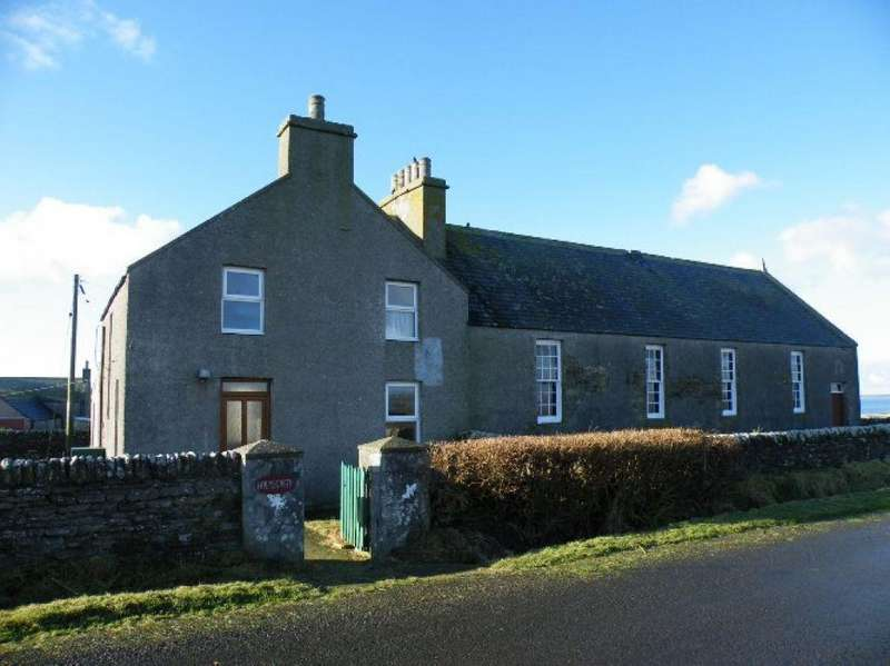 3 Bedrooms Detached House for sale in Holmsgarth, Stronsay