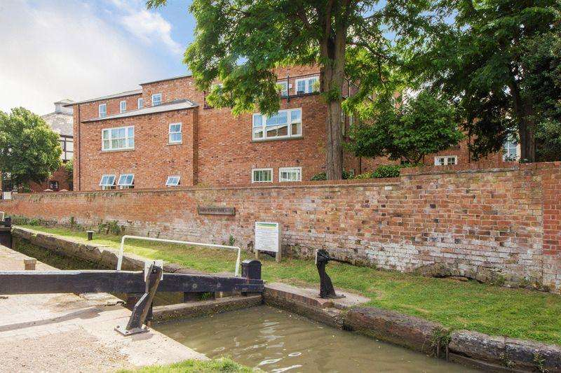 2 Bedrooms Apartment Flat for sale in Payton Street, Stratford-Upon-Avon