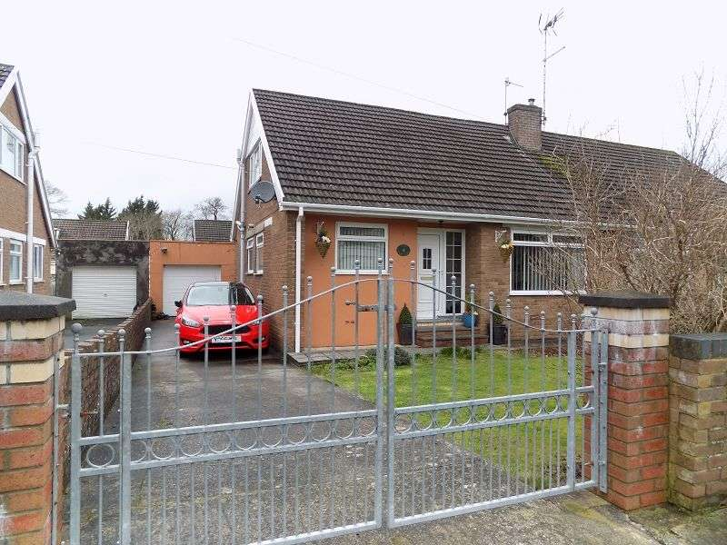 3 Bedrooms Semi Detached Bungalow for sale in St Nicholas Road, Bridgend. CF31 1RT