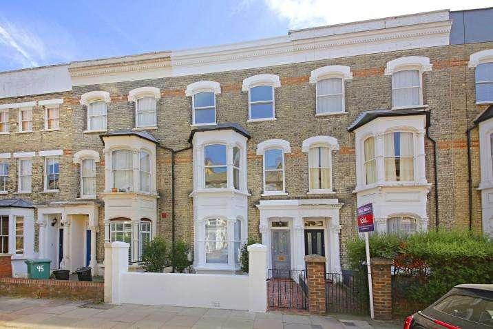 4 Bedrooms Terraced House for sale in Marlborough Road, N19