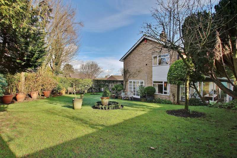 3 Bedrooms Detached House for sale in Winchester