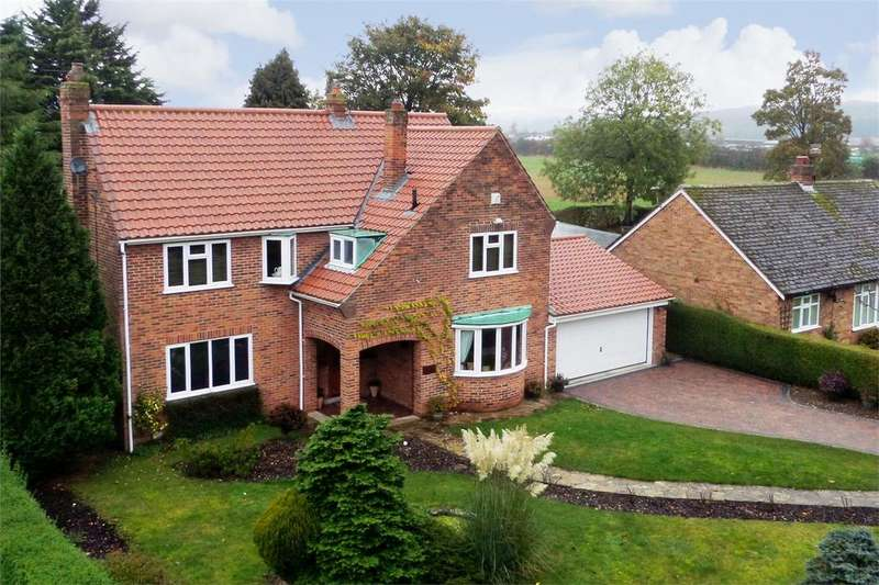 3 Bedrooms Detached House for sale in Algarth Road, Pocklington, York