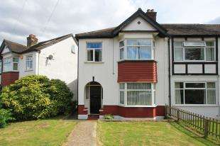 3 Bedrooms End Of Terrace House for sale in Priestfield Road, Forest Hill, London