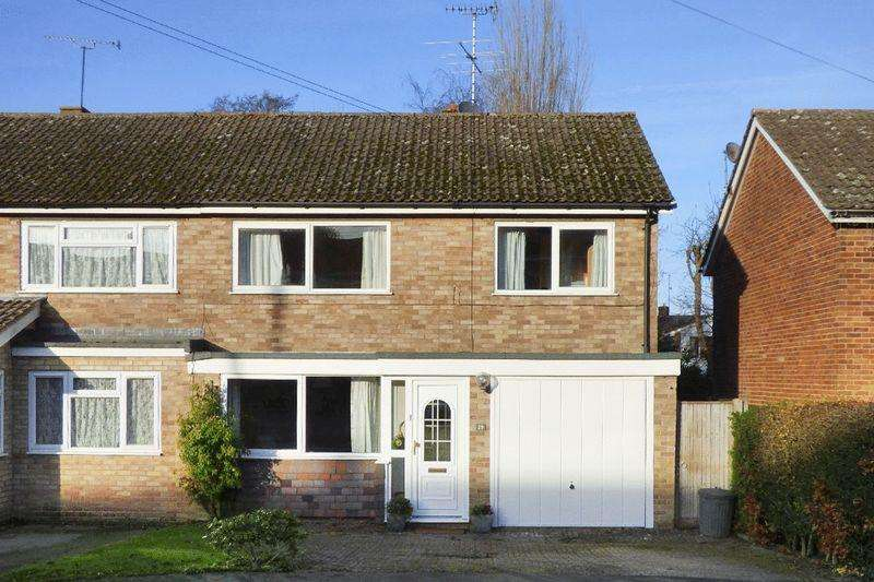 3 Bedrooms Semi Detached House for sale in West Point, Newick
