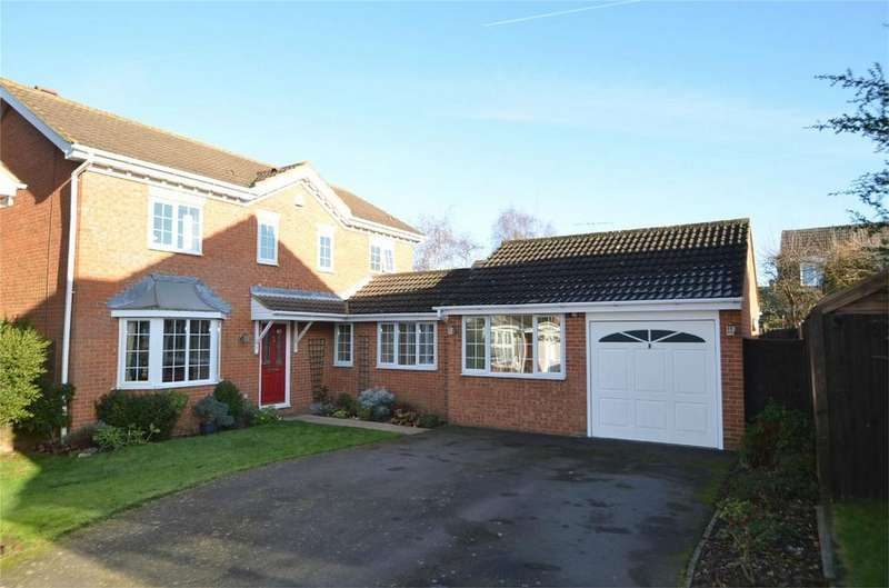 4 Bedrooms Detached House for sale in Walton Close, SHEFFORD, Bedfordshire