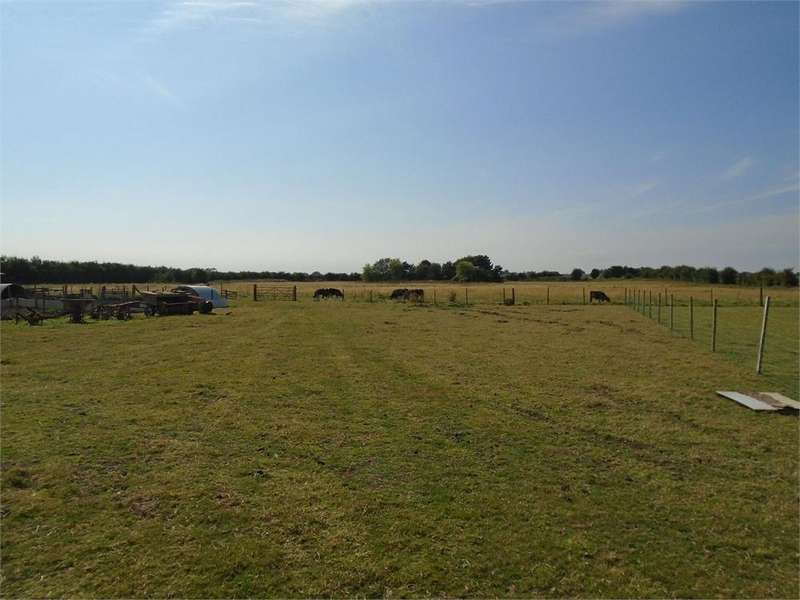 Land Commercial for sale in 11.841 Acres, Woodend Lodge, Greens Lane, Burton Pidsea, HULL, East Riding of Yorkshire