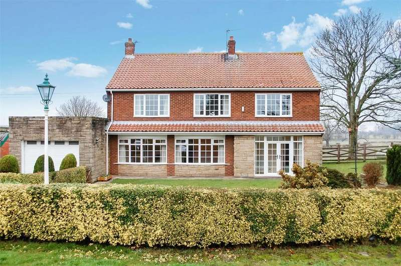 4 Bedrooms Detached House for rent in Bishopton Lane, Great Burdon, Darlington, County Durham