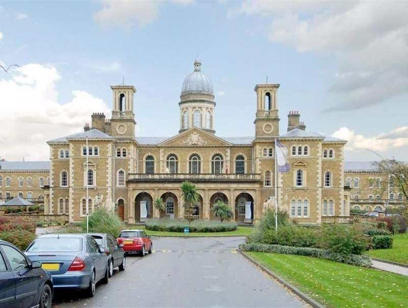 3 Bedrooms Apartment Flat for sale in Princess Park Manor, Royal Drive London N11 3FN