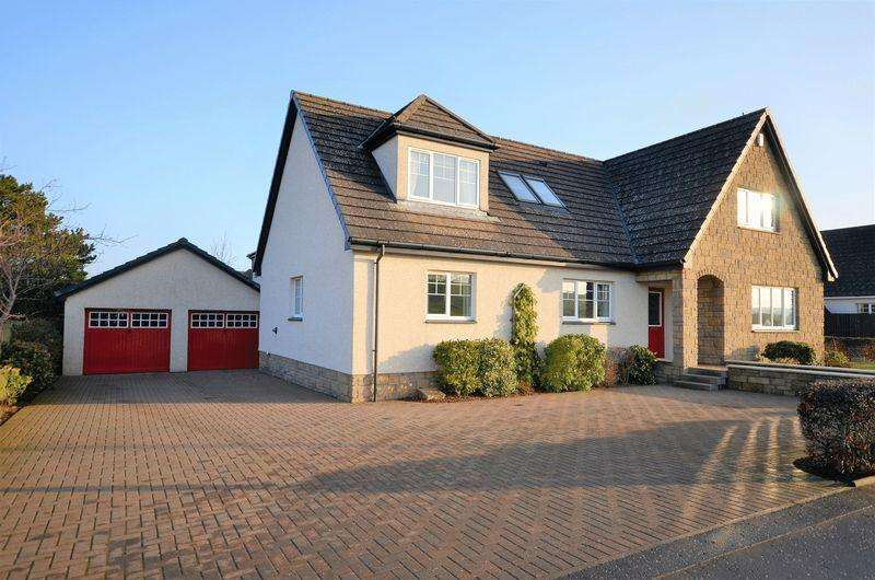 4 Bedrooms Detached Villa House for sale in 15 Tarbolton Road, Dundonald KA2 9HQ