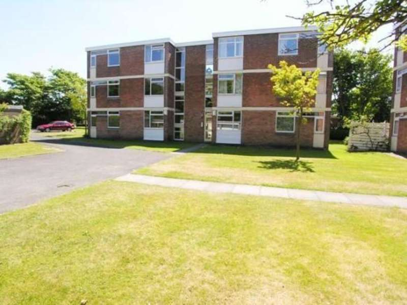 2 Bedrooms Apartment Flat for sale in Drummoyne Court, Blundellsands, Liverpool