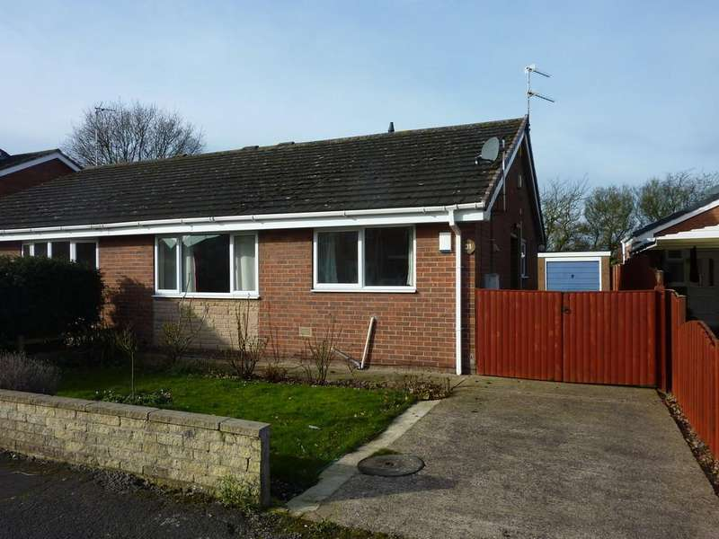 2 Bedrooms Semi Detached Bungalow for sale in Ainsdale Green, Retford, Notts