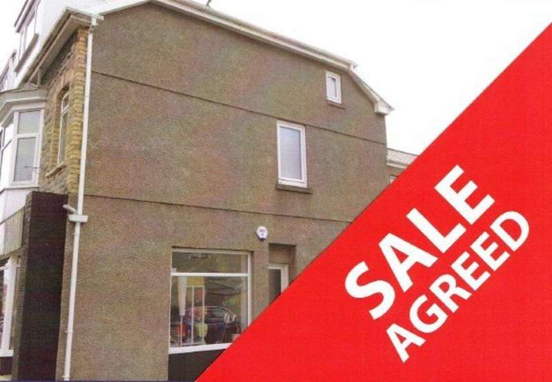 2 Bedrooms Maisonette Flat for sale in NEW ROAD, PORTHCAWL, CF36 5DN