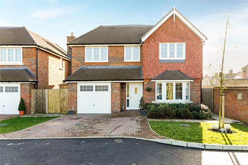 4 Bedrooms Detached House for sale in Culverhouse Way, Chesham, Buckinghamshire, HP5