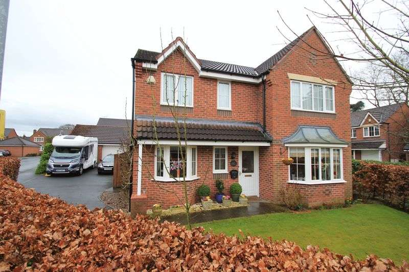 4 Bedrooms Detached House for sale in Burton House Gardens, Stafford, ST17