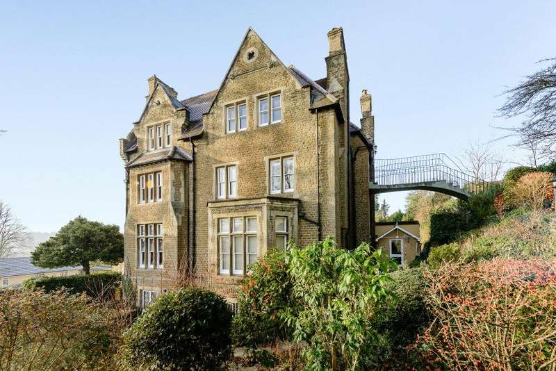 3 Bedrooms Flat for sale in The Beeches, 10 Guildown Road, Guildford, Surrey