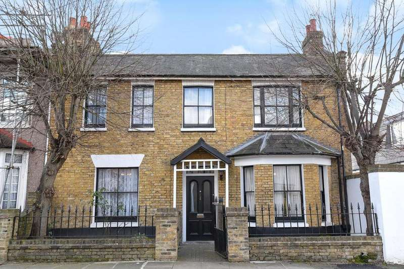3 Bedrooms Semi Detached House for sale in Waite Davies Road, Lee, SE12