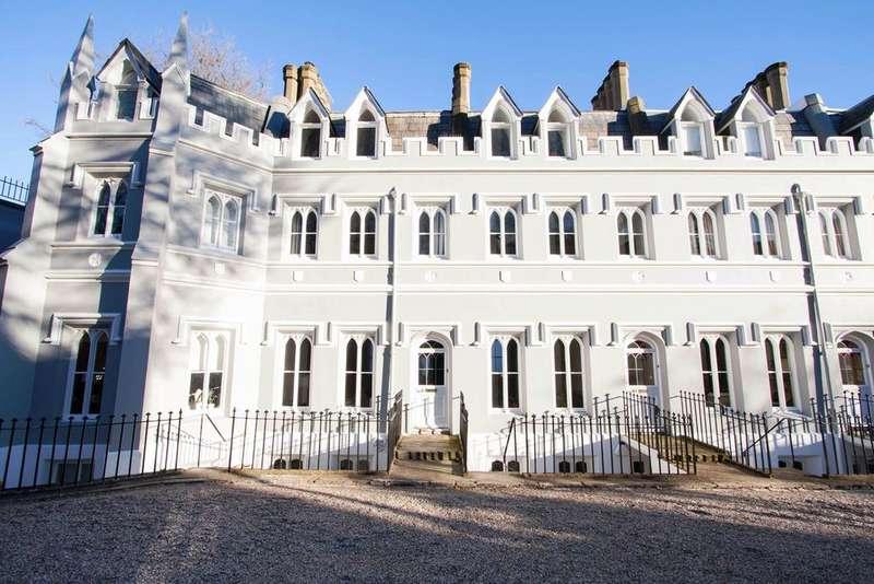 3 Bedrooms Terraced House for sale in Wykeham Terrace, Brighton, Brighton, BN1