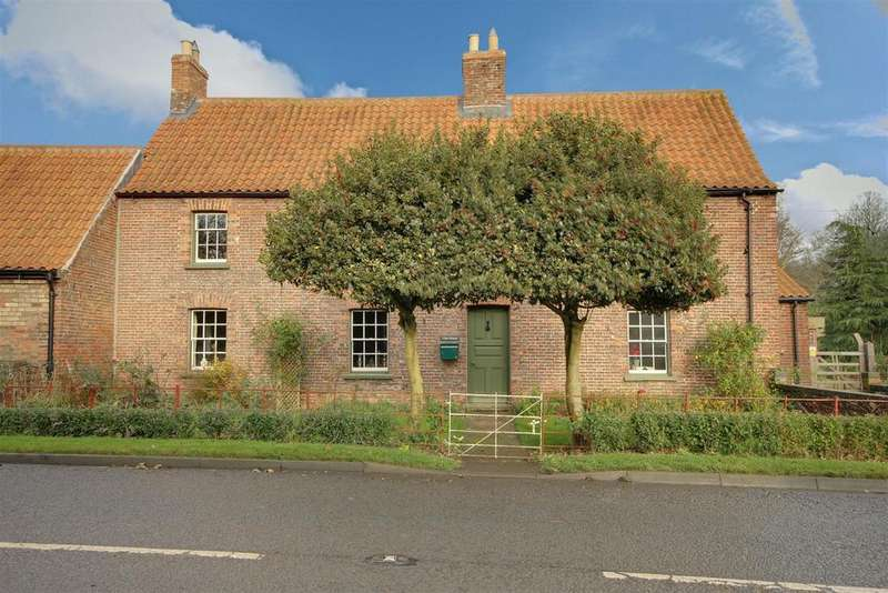 3 Bedrooms Farm House Character Property for sale in Vine House, Thurlby Road, Bilsby, Lincolnshire