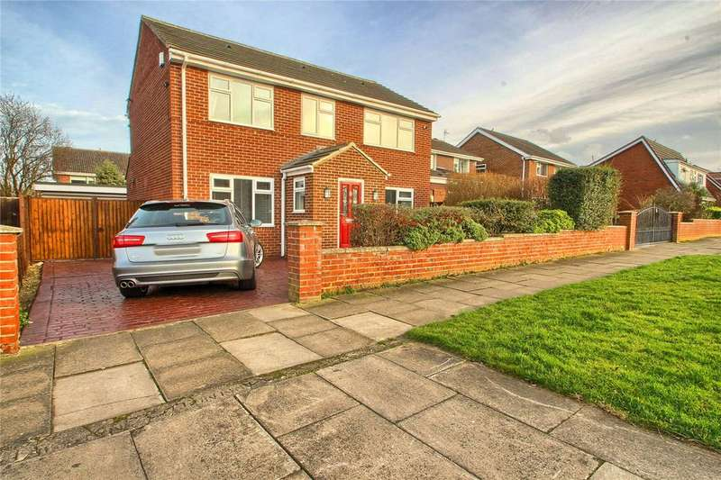 3 Bedrooms Detached House for sale in Foxwood Drive, Elm Tree