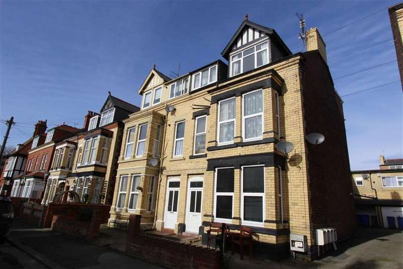 2 Bedrooms Block Of Apartments Flat for sale in Swanland Avenue, Bridlington, East Yorkshire, YO15