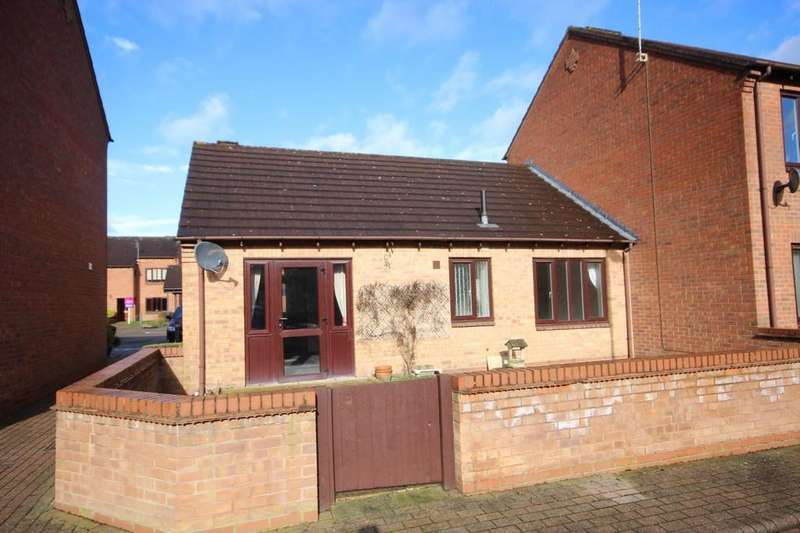 2 Bedrooms Semi Detached Bungalow for sale in Western Close, Ashby-de-la-Zouch