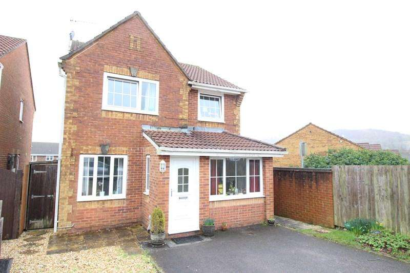 3 Bedrooms Detached House for sale in Clos Gwynle, Caerphilly